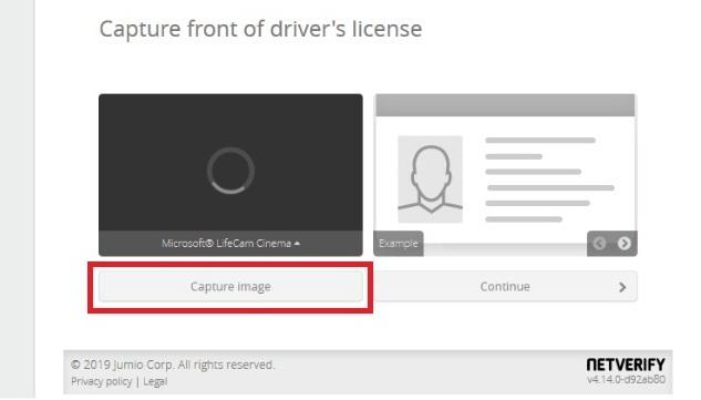 Unggah gambar depan ID Anda
